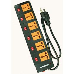 Supresor de picos 6 salidas con interruptores independientes, cordon de 3 metros